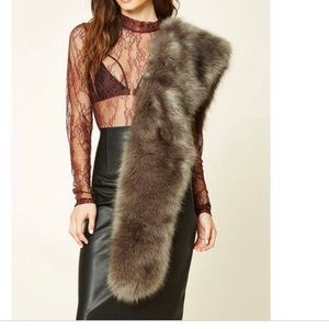 Forever 21 Faux Fur Stole NWT